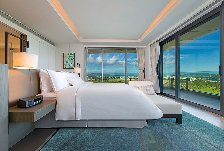 Westin Blue Bay Resort Renewal Oceanfront Suite