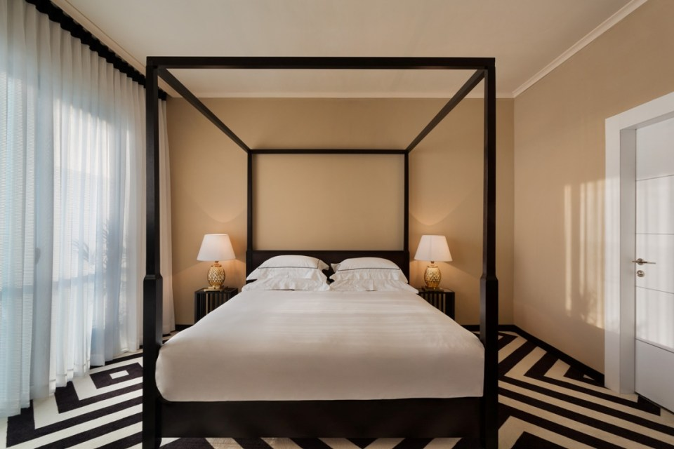 Brown Beach House Tel Aviv Deluxe Room