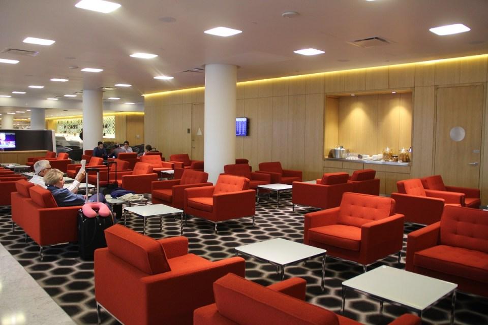 Qantas First Class Lounge Los Angeles