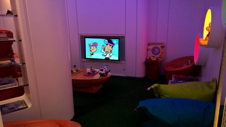 Etihad Lounge Paris Kids Corner