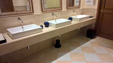 The Oberoi Bengaluru Washrooms