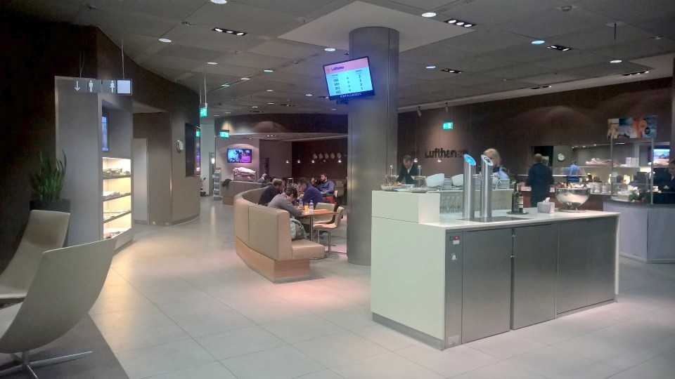 Lufthansa Senator Lounge Munich Schengen