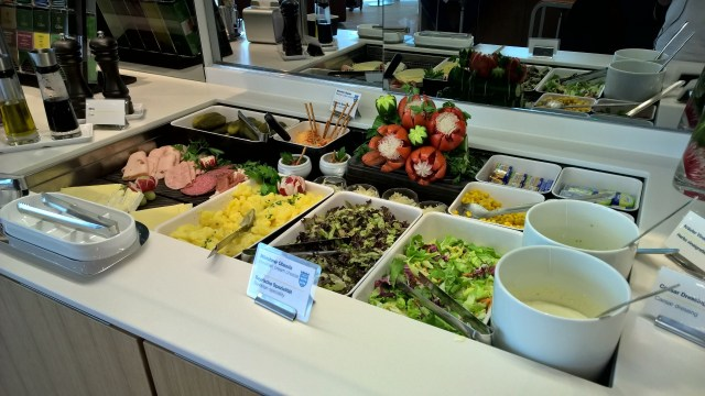 LH Senator Satellite Schengen Munich Buffet