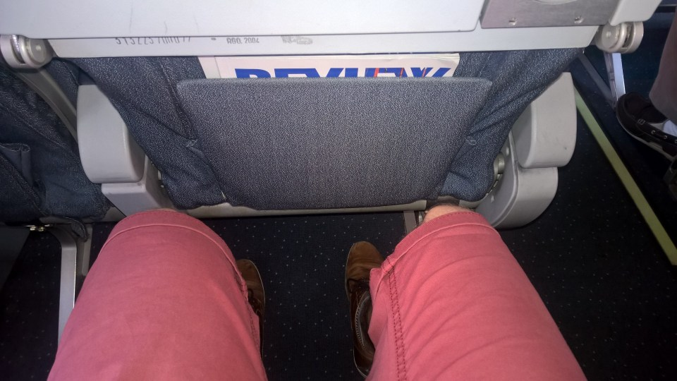 Seat Pitch in the Czech Airlines ATR 42