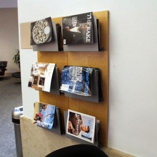 AA Admirals Club DFW Magazines