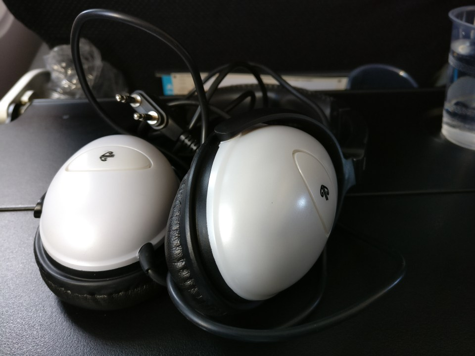 Air New Zealand The Works Headphones