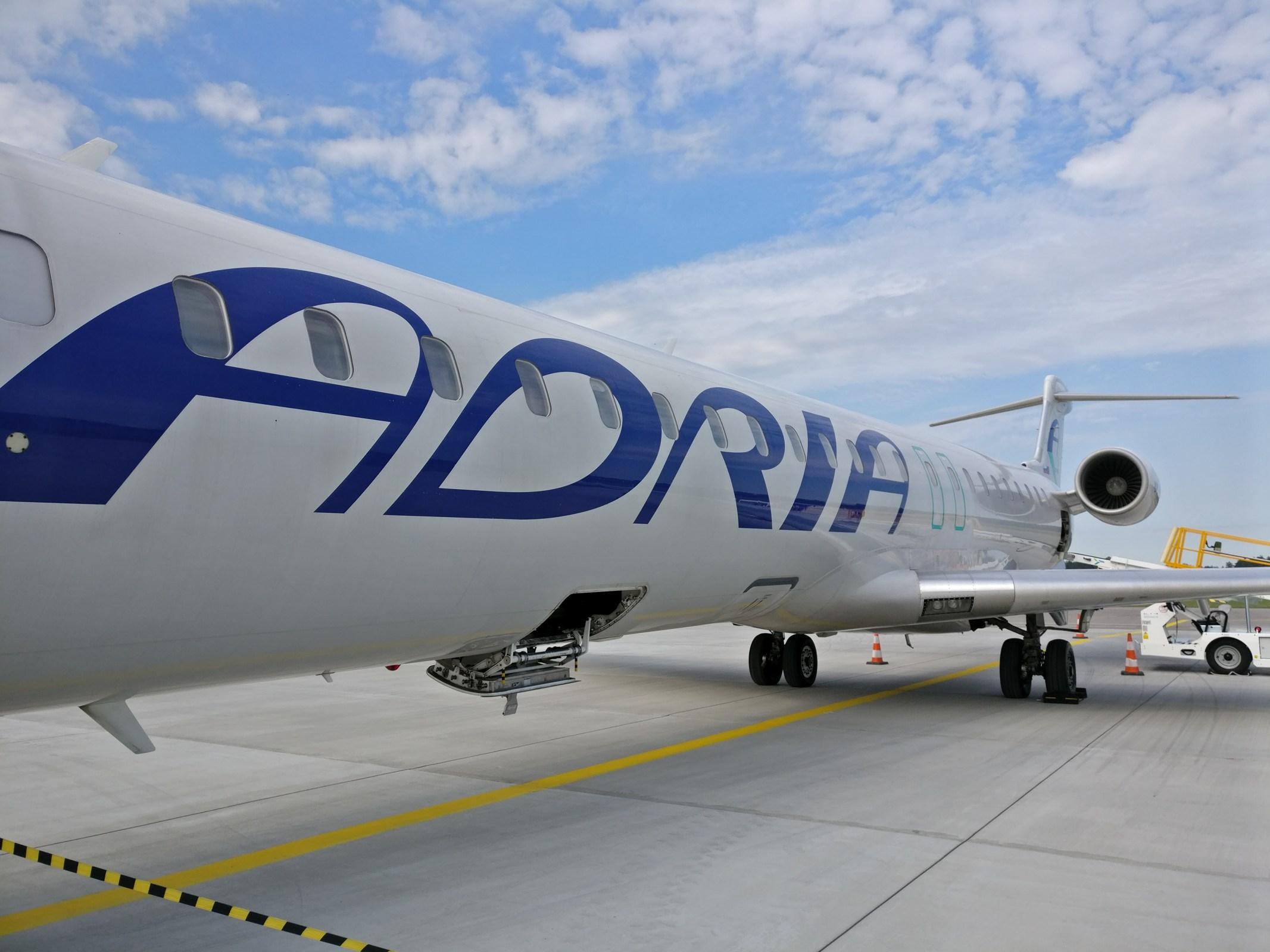 Adria Airways CRJ 900