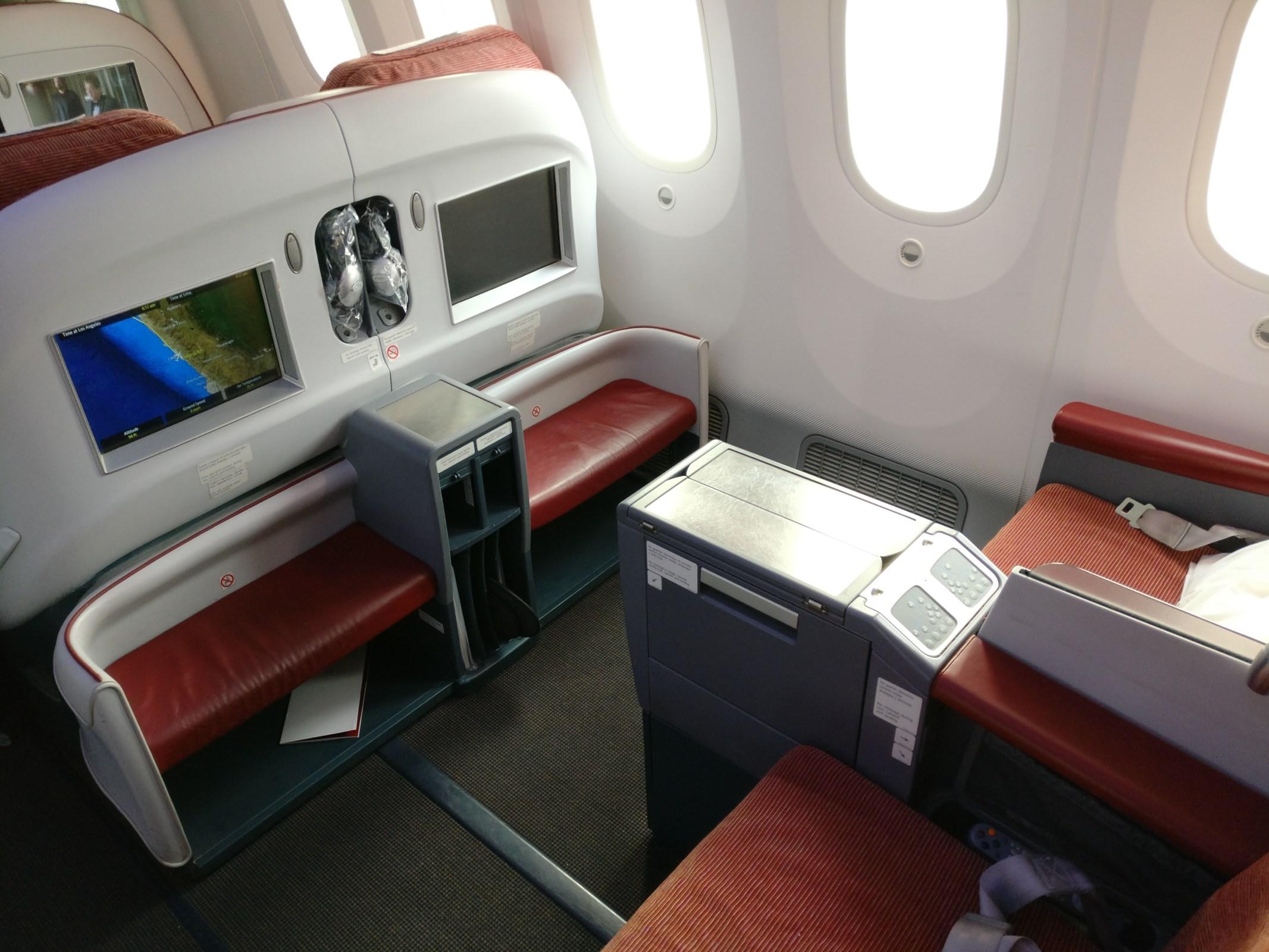 LATAM Business Class Boeing 787 Seat