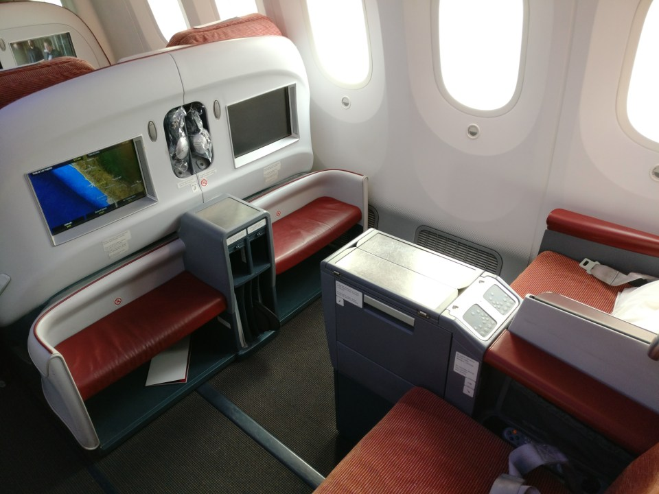 LATAM Business Class Boeing 787 Seat