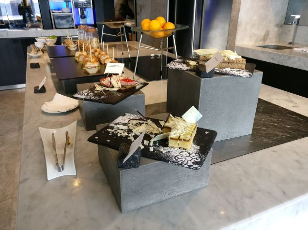 Conrad Manila Excecutive Lounge Afternoon Tea