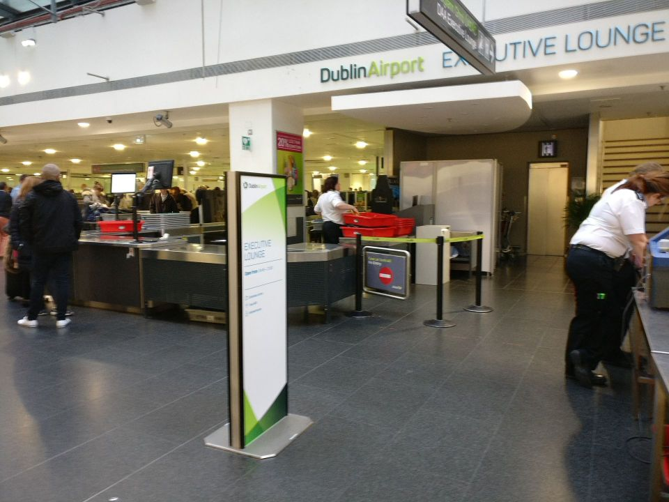 Executive Lounge Dublin T1 Entrance