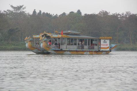 Hue Cruise