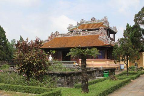Hue Royal Palace Nha Hat Duyet Thi Durong