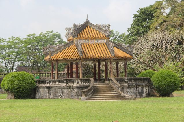 Hue Royal Palcae Thai Binh Lau