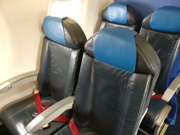 KLM Economy Class Embraer 190 Seating