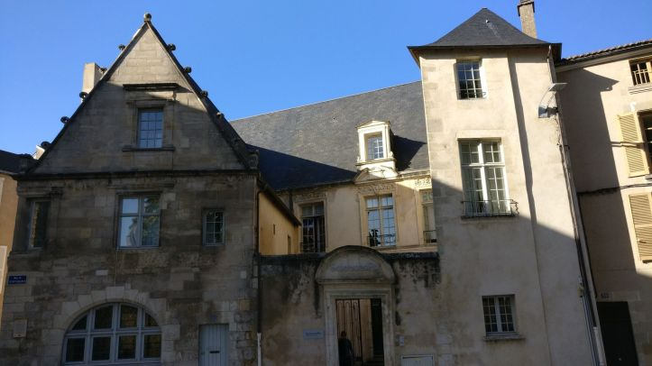 Poitiers Building