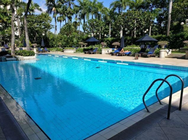 The Peninsula Manila Pool