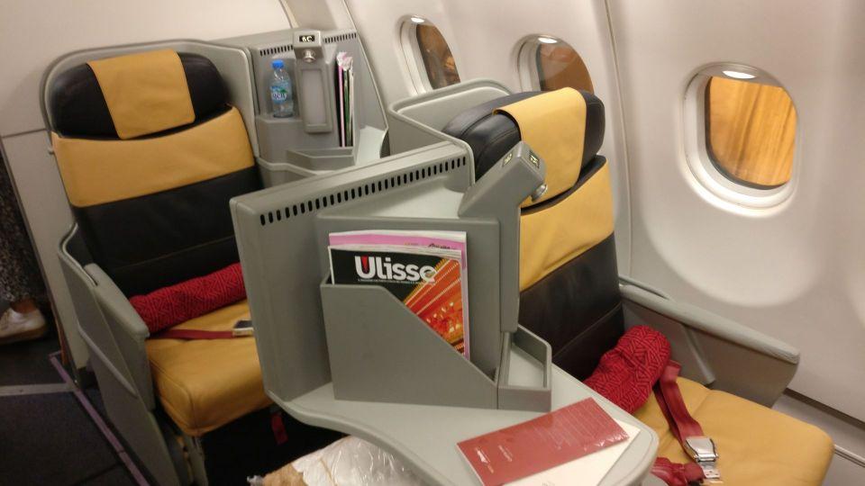Alitalia Business Class Airbus A330 Seat