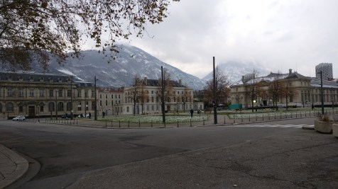 Grenoble Verdun Square