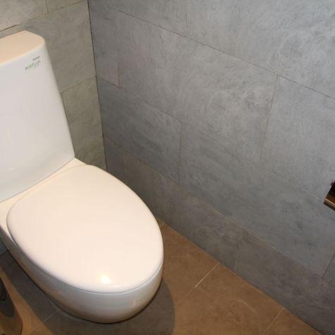 Hilton Garden Inn Bali Airport One Bedroom Suite Guest Bathroom