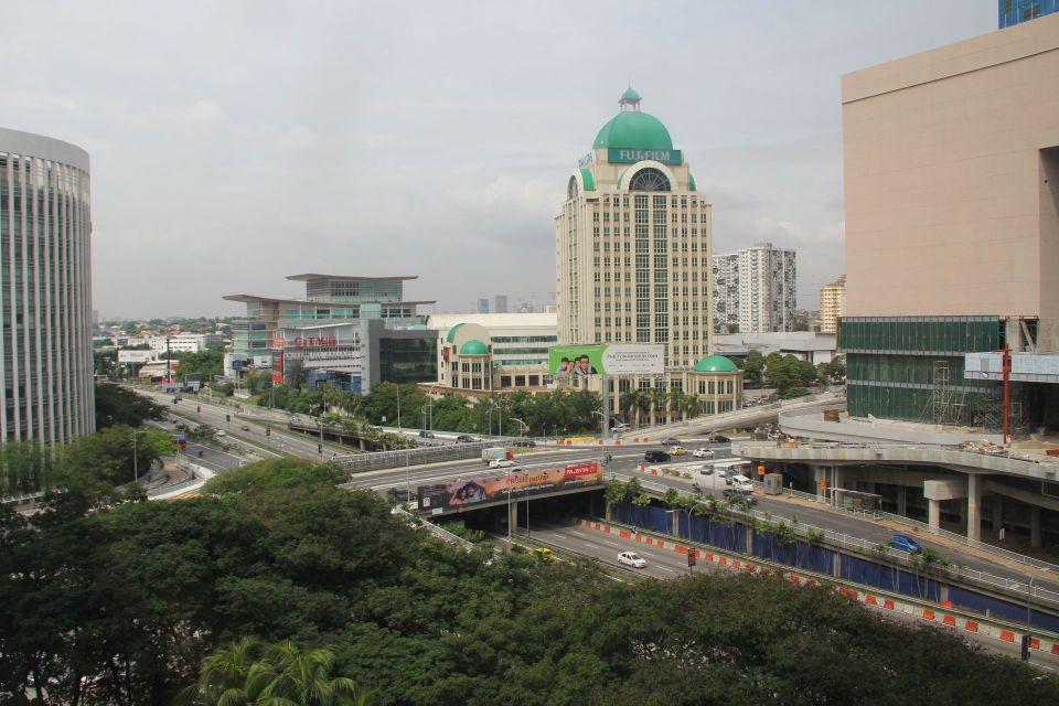 Hilton Petaling Jaya Guestroom Plus View