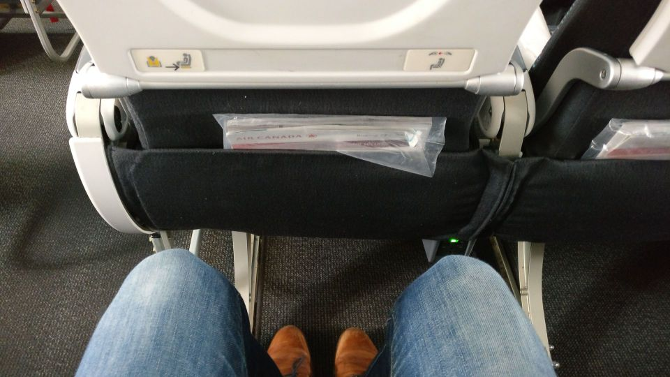 Air Canada Economy Class Boeing 777-300ER Seat Pitch