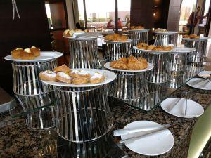 Hilton Alexandria King's Ranch Breakfast