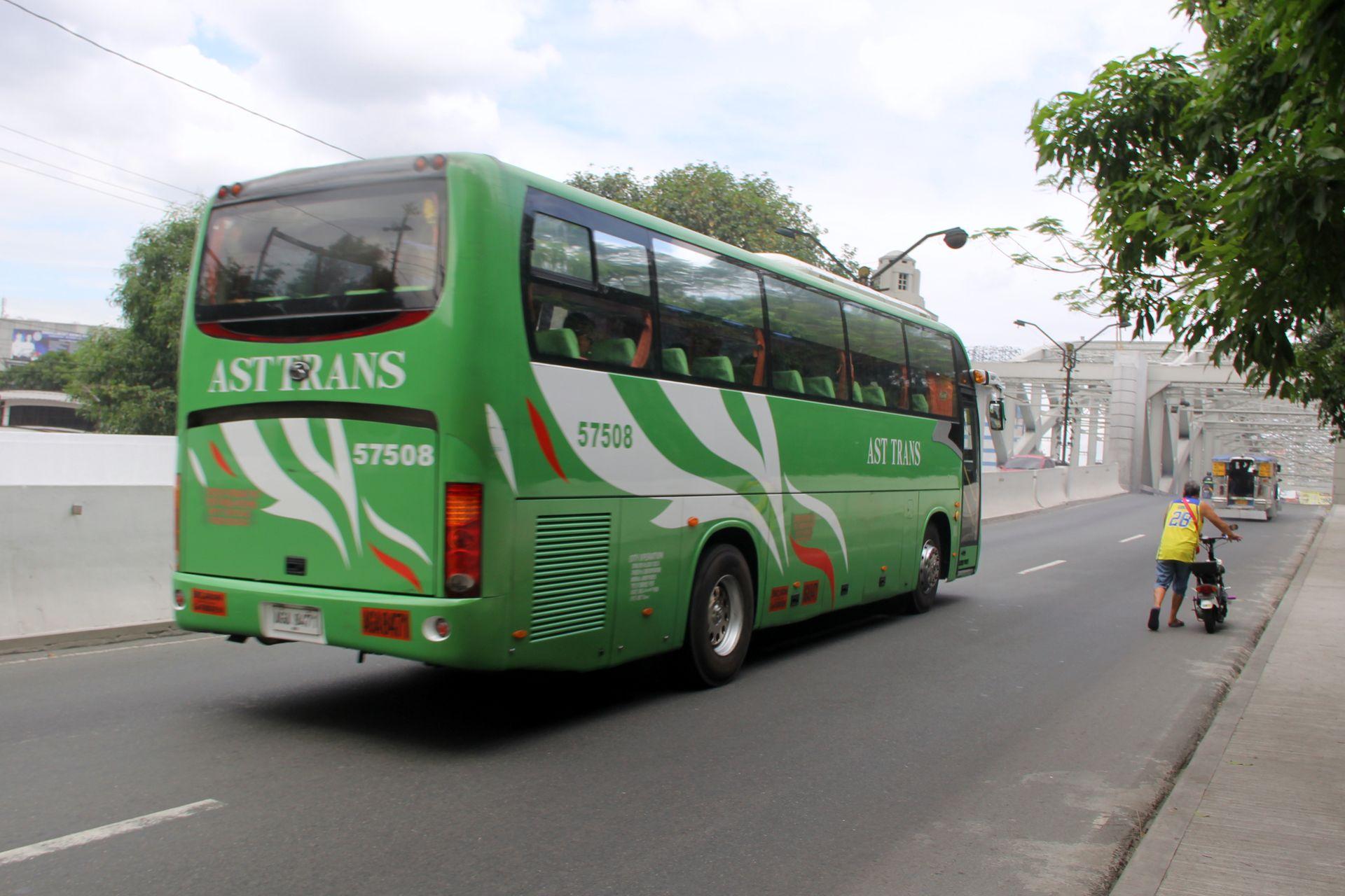 Bus Manila