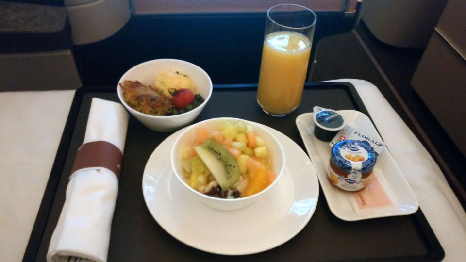 Swiss Business Class Boeing 777 Breakfast