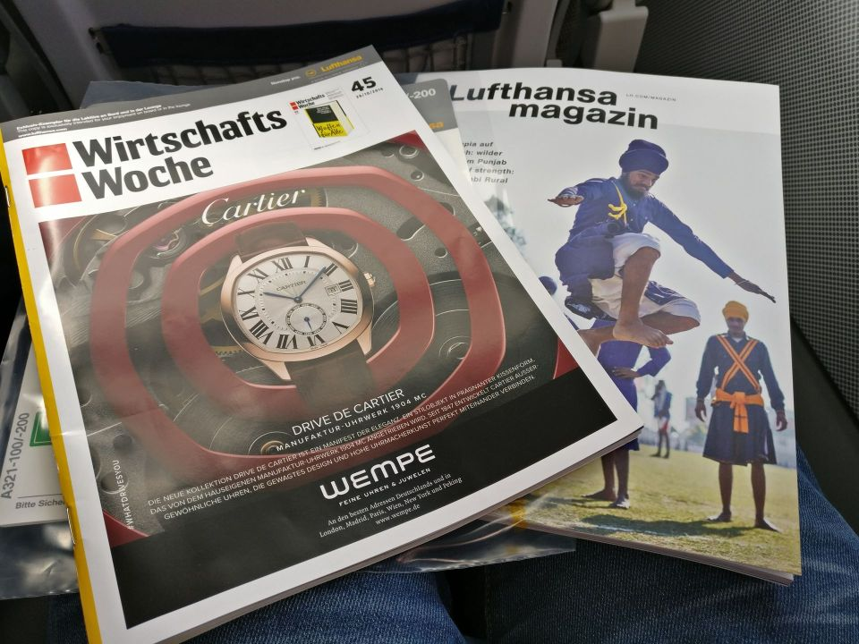 Lufthansa medium haul Business Class Magazines