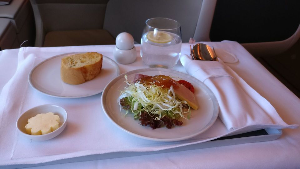 Singapore Airlines Business Class Airbus A380 Dinner