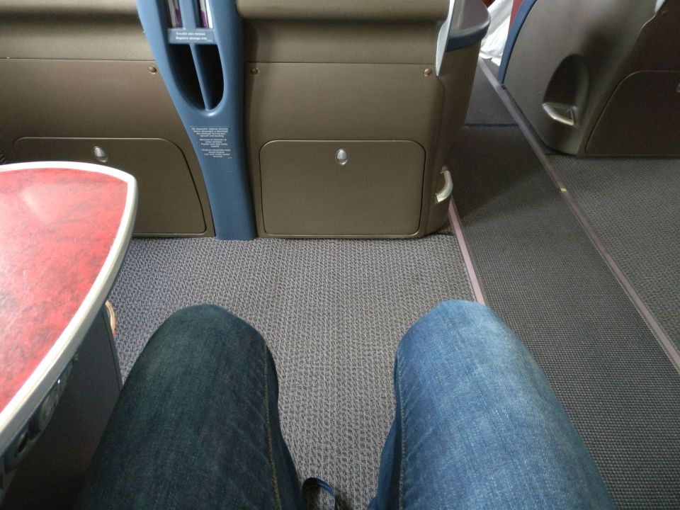 LATAM Business Class Boeing 767 Seat Pitch