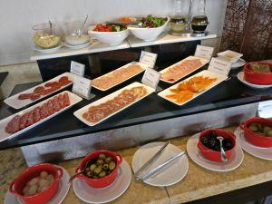 Sofitel Saigon Plaza Club Breakfast