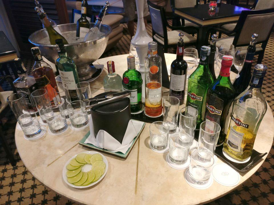 Sofitel Saigon Plaza Superior Club Evening Spread