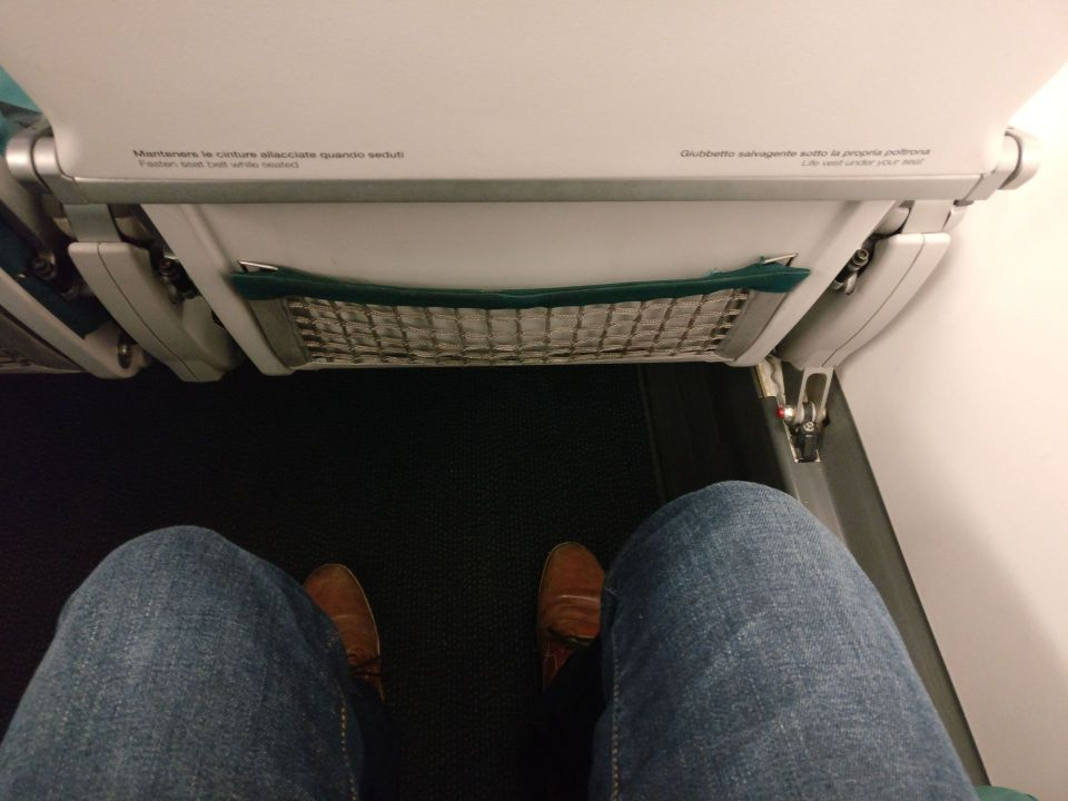 Air Dolomiti Business Class Seat Pitch