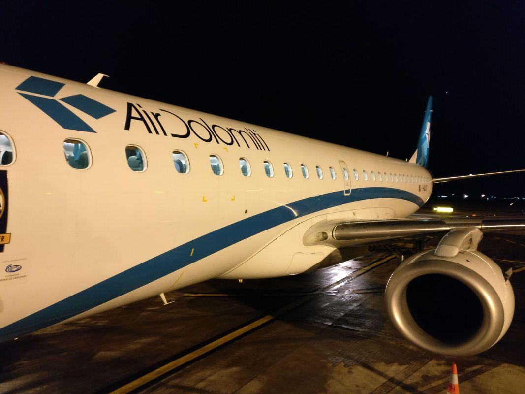 Air Dolomiti Embraer 190