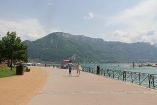 Annecy Lake Promenade