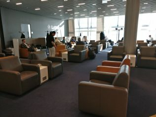 Lufthansa Business Lounge London Seating