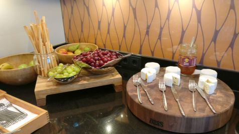 Marriott Cologne Executive Lounge Evening Spread