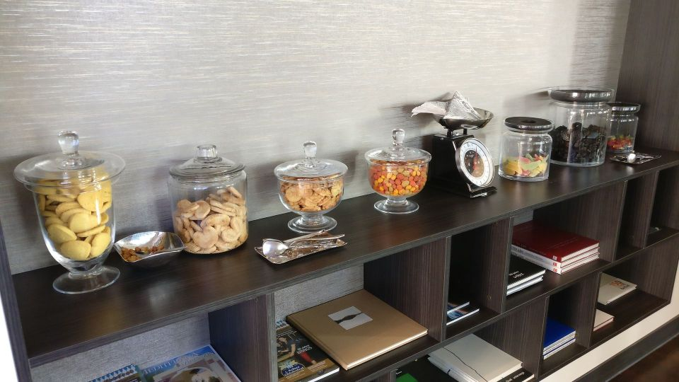 Marriott Cologne Executive Lounge Snacks