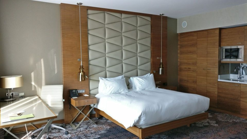 DoubleTree Cracow Junior Suite