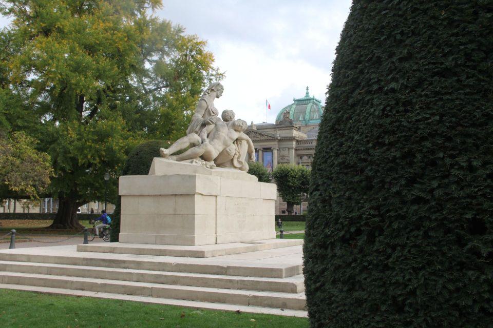 Jardin de la Place de la Republique