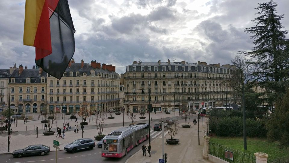 Grand Hotel La Cloche Dijon Superior Room View