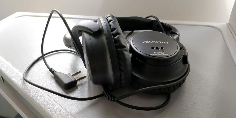finnair business class airbus a350 headphones