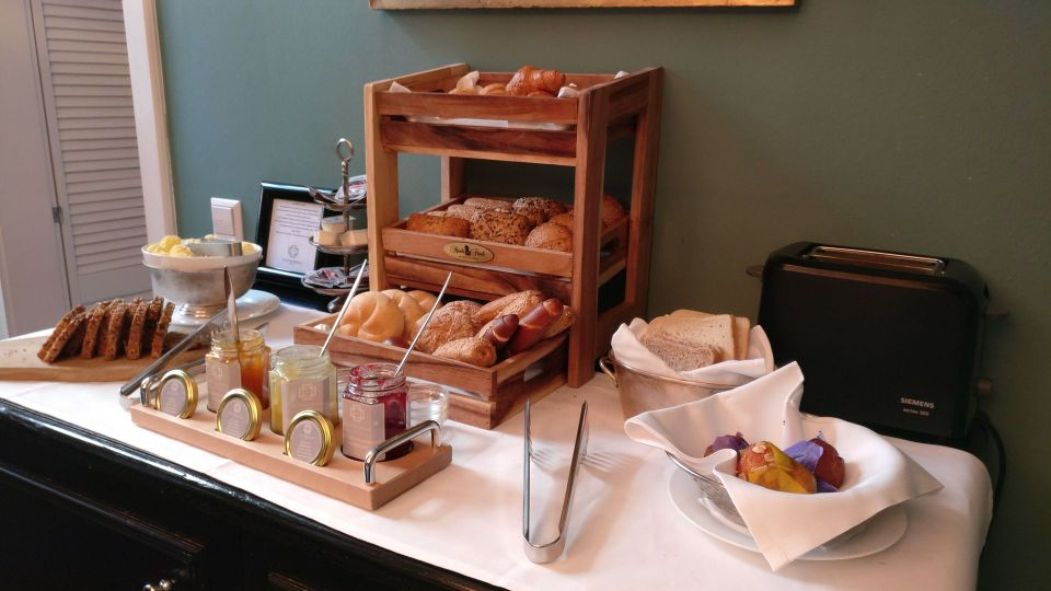 Heidelberg Suites Boutique Hotel Breakfast
