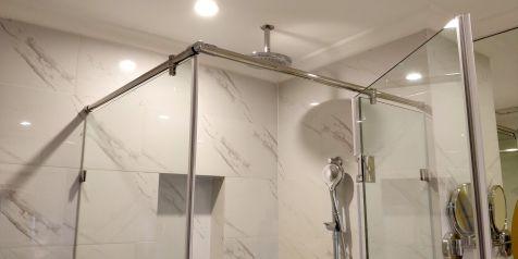 Vinpearl Resort Ha Long Bay Bathroom
