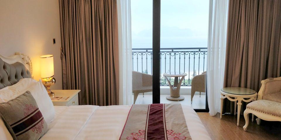 Vinpearl Resort Ha Long Bay Room