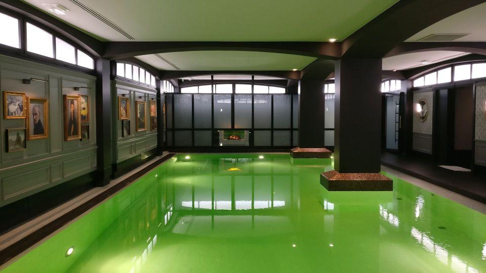 Hotel Barriere Le Fouquet Paris Pool
