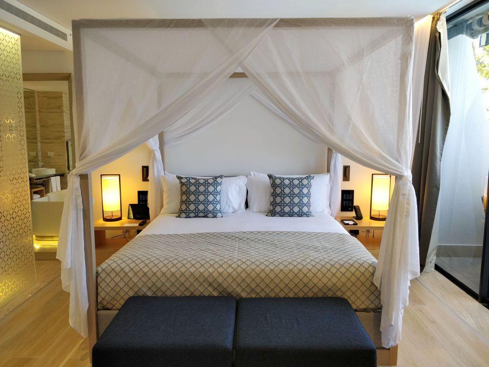 InterContinental Hayman Island Resort Suite Bedroom