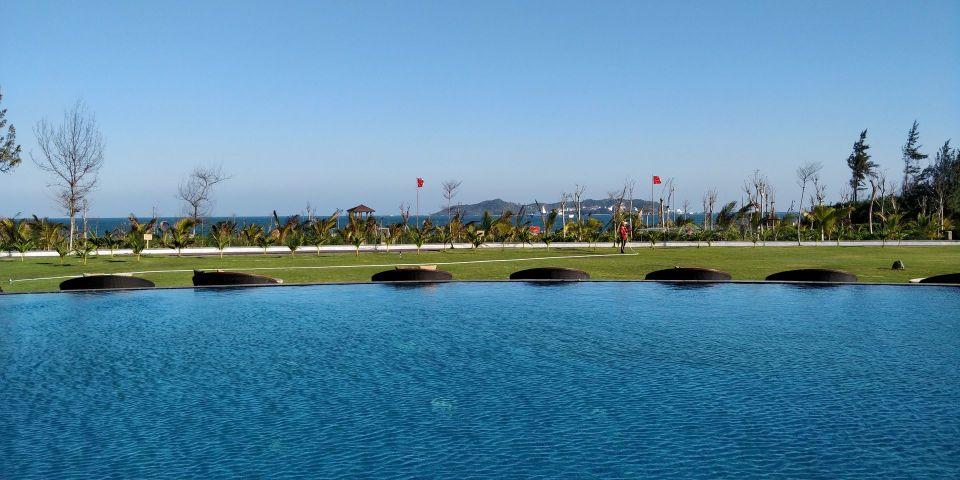 Conrad Sanya Pool